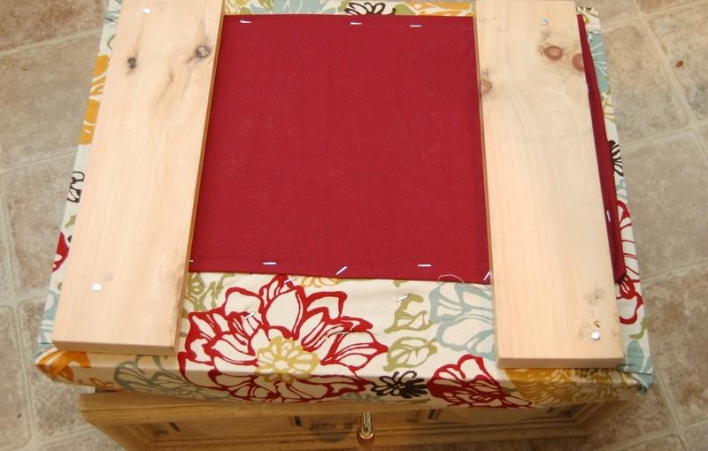 DIY Drawer Ottoman
