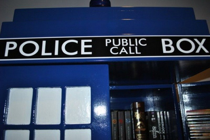How To Build Your Own Tardis Bookshelf