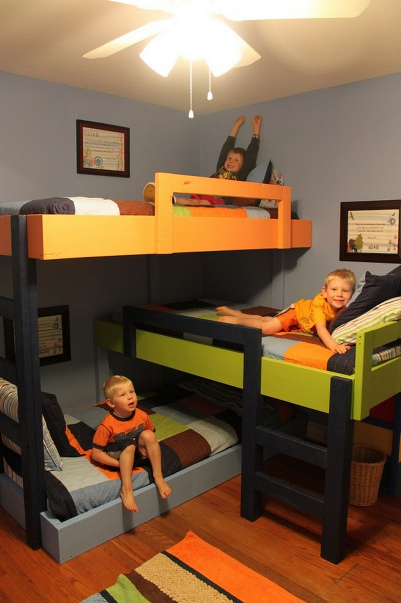 Diy triple bunk bed how to make a triple bunk kids bed for Bedroom ideas for 3 beds