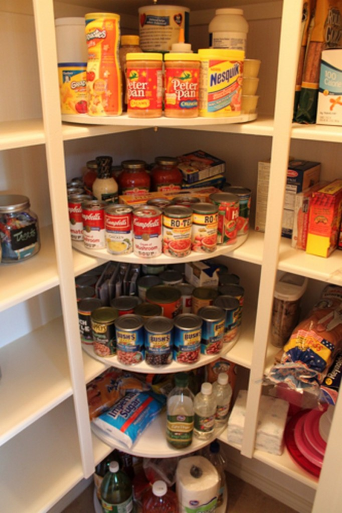 DIY Lazy Susan Pantry Storage