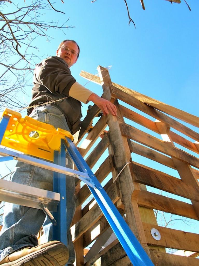 DIY Goat Pallet Barn - Roofing