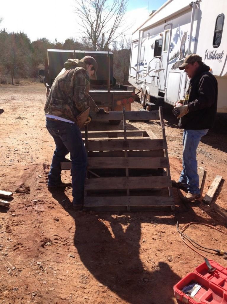 DIY Pallet Flooring - Pallets needed