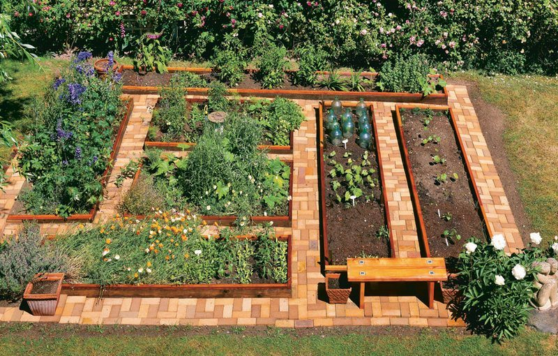 by building this u shaped garden bed youll also get easier access to all your plants - Garden Bed