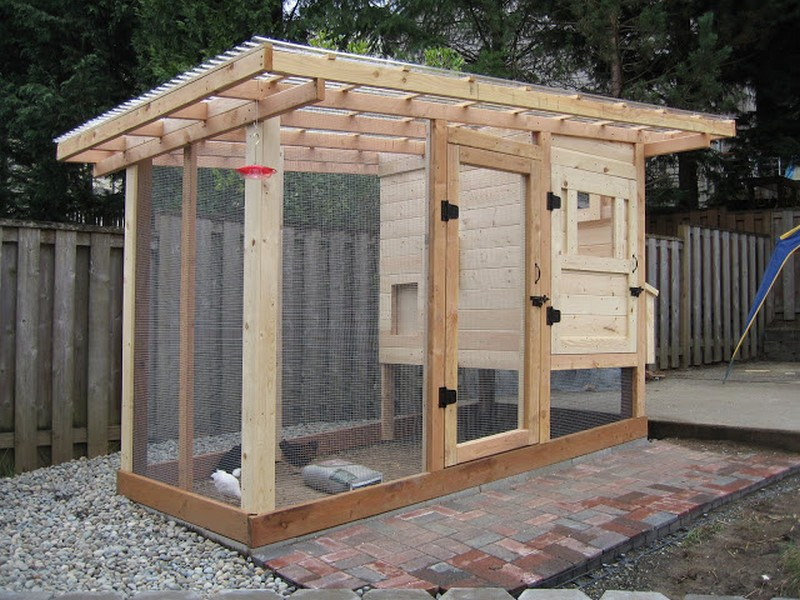 Homemade Chicken Coop - Finished chicken run door