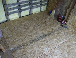 How To Build A DIY Pallet Shed - Insulation