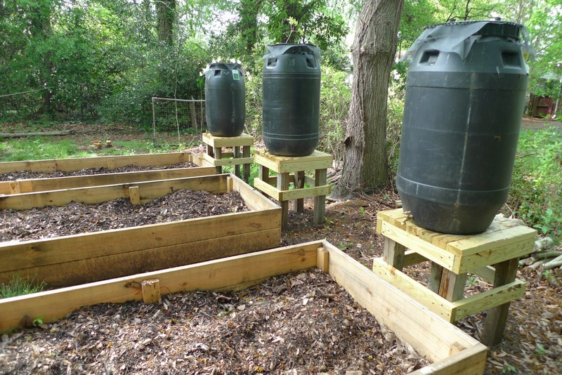 DIY Rain Barrel System - Water towers