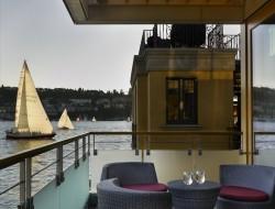 Lake Union Floating Home - Terrace area