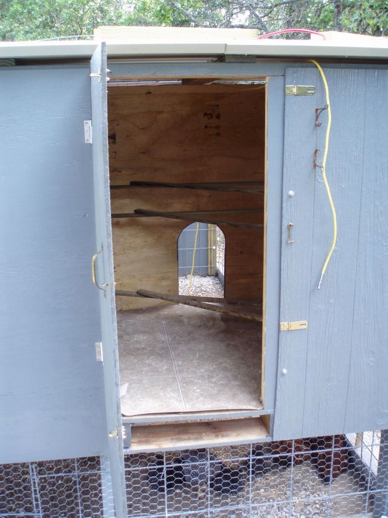 Diy Pallet Chicken Coop The Owner Builder Network