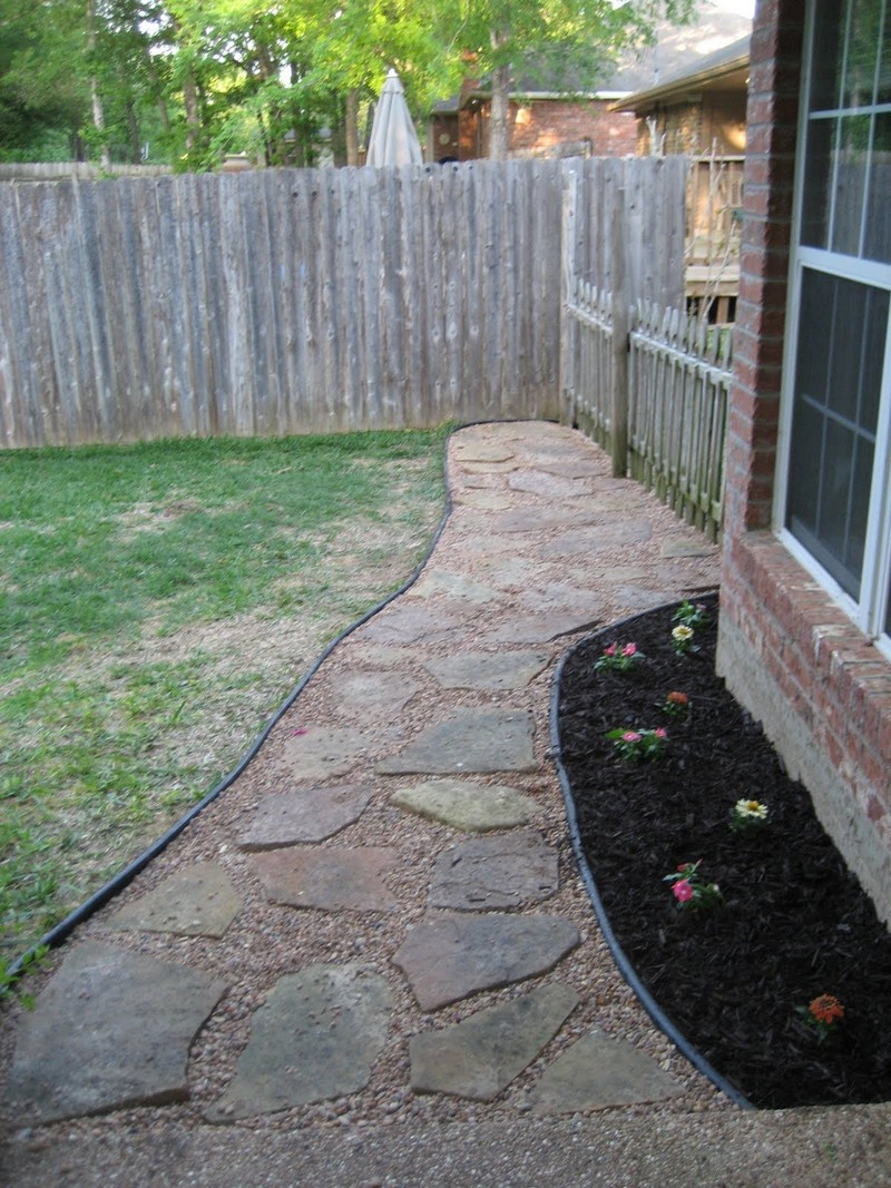build your own backyard flagstone pathway the owner builder network. Black Bedroom Furniture Sets. Home Design Ideas