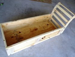 DIY Chaise Lounge with Storage - The box