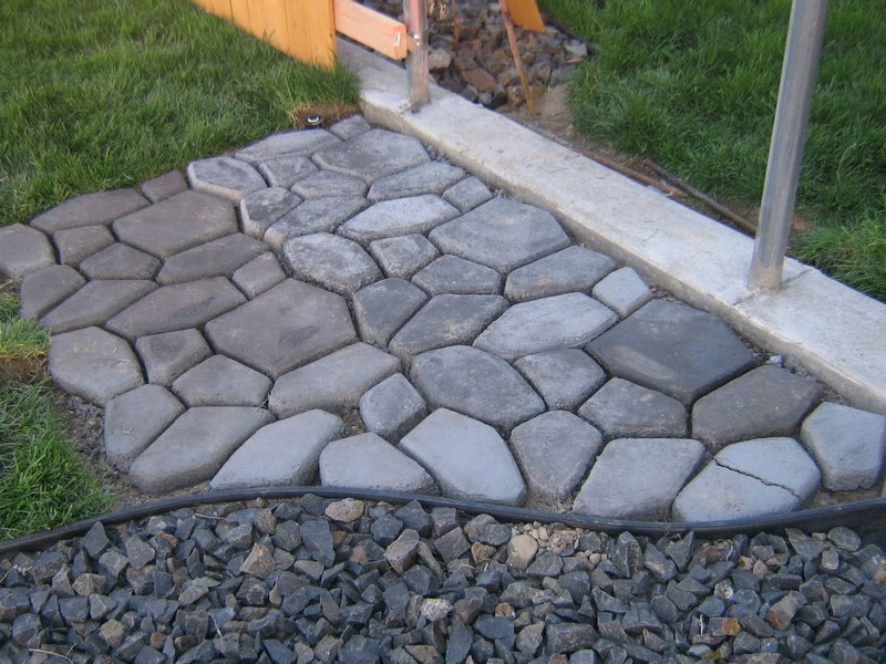 DIY Cobble Stone Path - Finished Cobble Stone Path