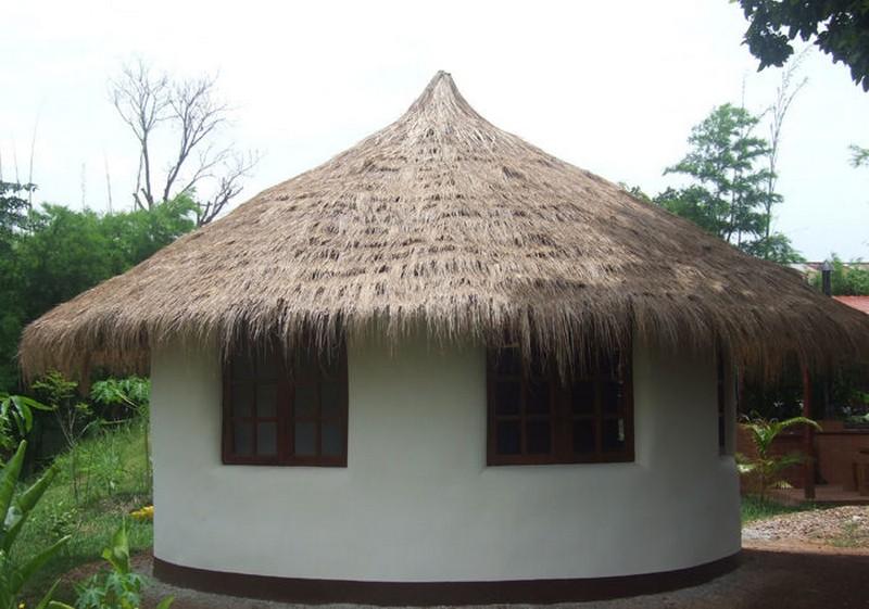 DIY Earthbag Round House - Exterior View