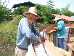 DIY Earthbag Round Housev - Building a bond beam