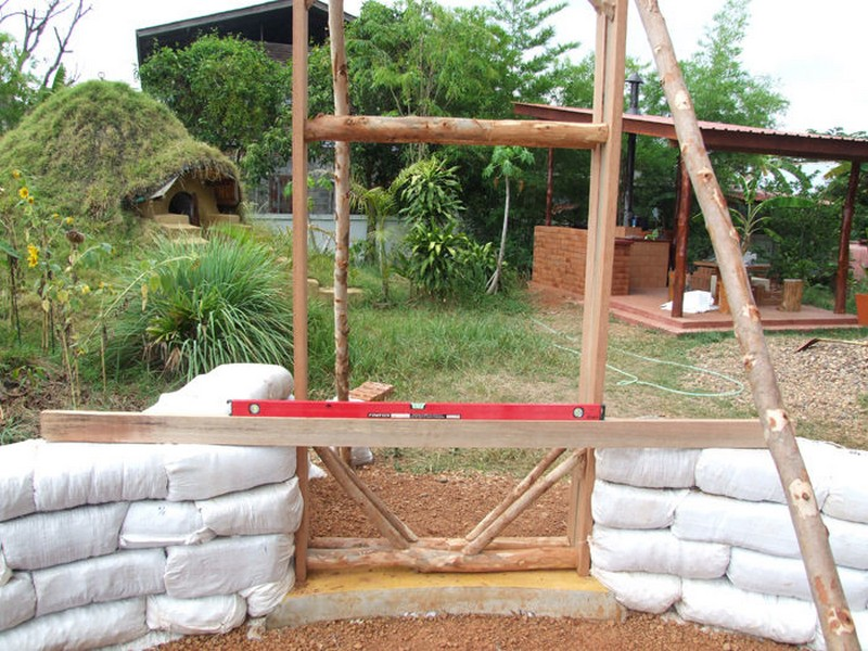 Diy sandbag house