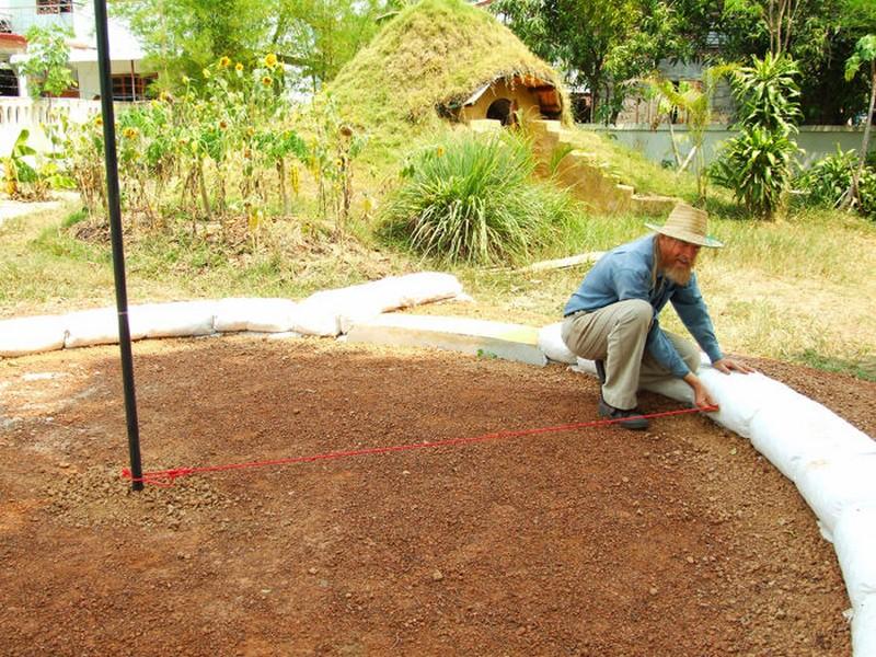 DIY Earthbag Round House - Measuring