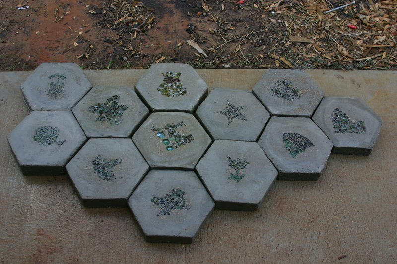 DIY Hexagon Stepping Stones   The Decorative Stones