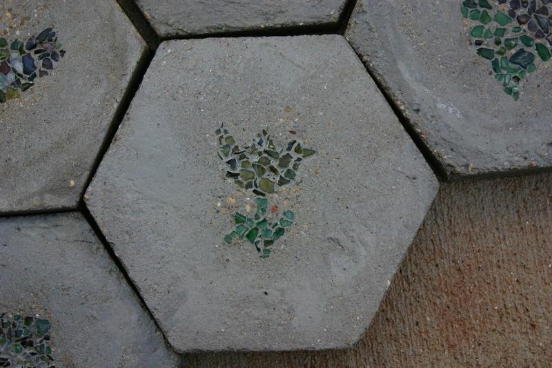 DIY Hexagon Stepping Stones - The decorative stones