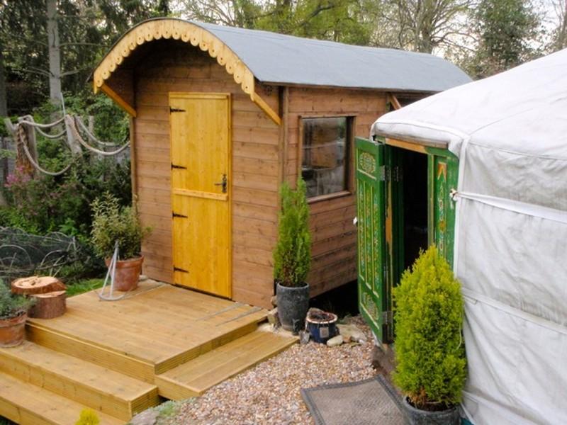 DIY House on Wheels - Roof Cutting