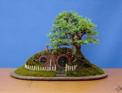 DIY Miniature Hobbit Hole - The Newly Cleaned and Trimmed Version