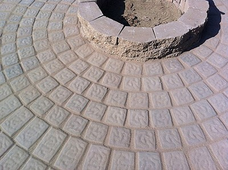 DIY Patio with Fire Pit - Putting Polymeric Sand