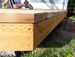 DIY Platform Deck -  Trim with a circular saw