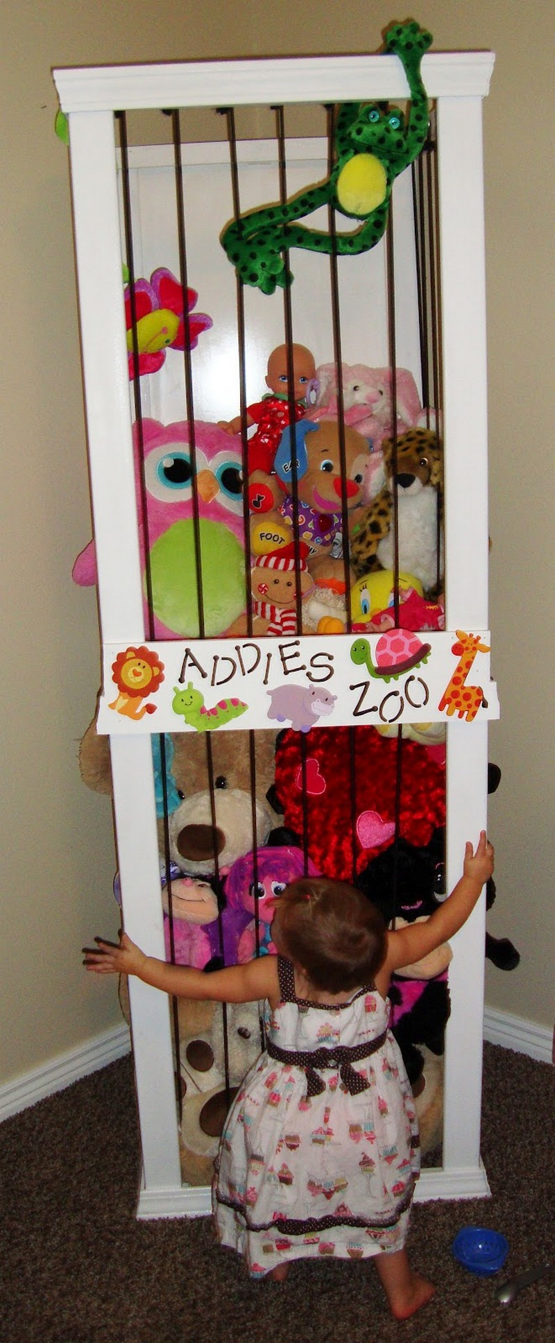 Diy Toy Holder : Diy stuffed animal zoo the owner builder network