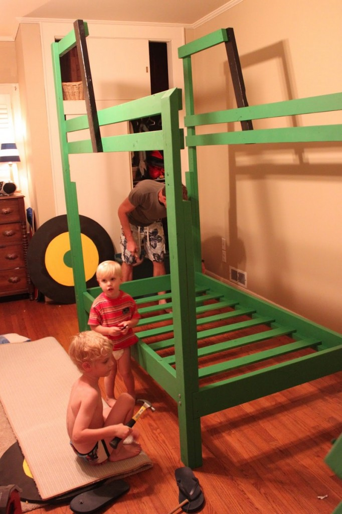 DIY Tractor Bunk Bed - Painting