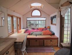 Gypsy Wagon In The Woods - Sleeping area