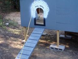 DIY Pallet Chicken Coop - Hen Hotel