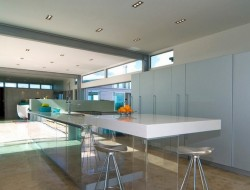 Riverhead House - Kitchen