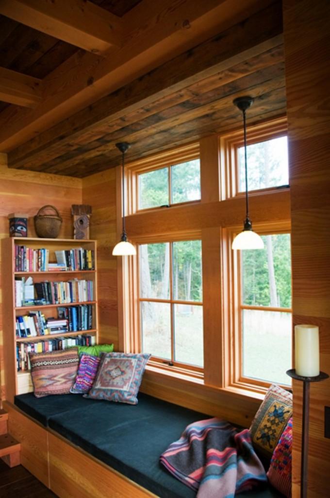 Southridge Cabin - Living Room