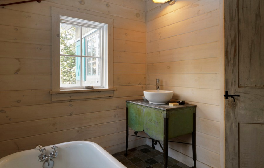 Winter Cabin - Bathroom