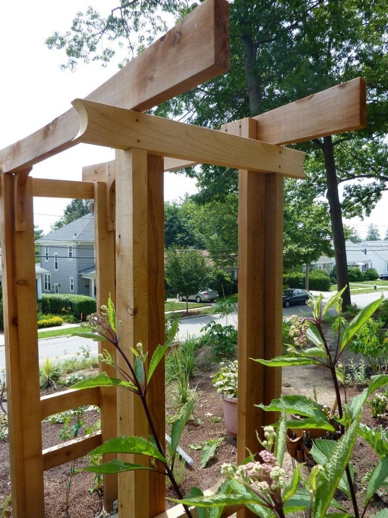 DIY Arbor Trellis - A clean slate