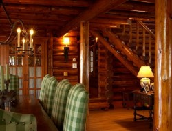 Bay Lake Cabin - Dining Room