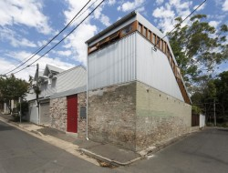 Cowshed House1