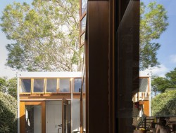 Cowshed House12