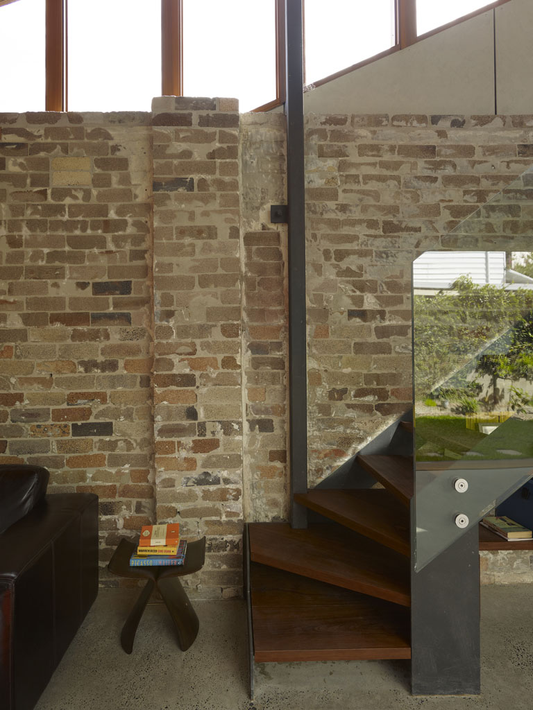 Cowshed House15