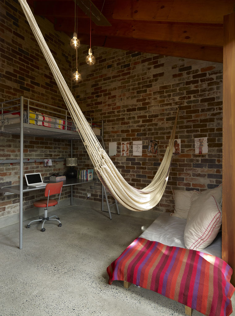 Cowshed House16