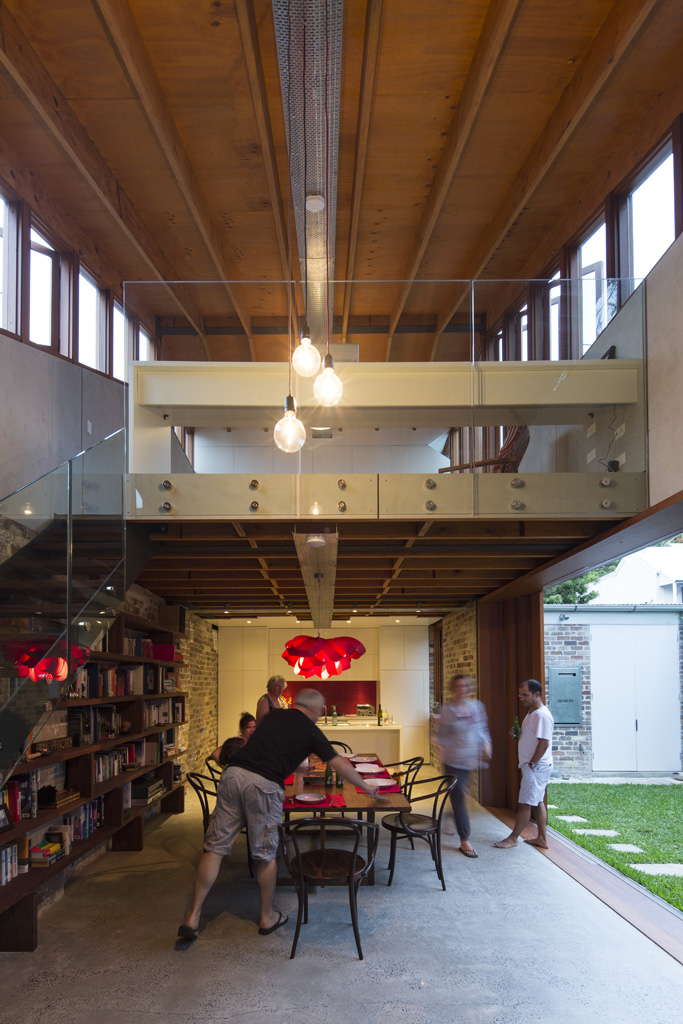 Cowshed House18