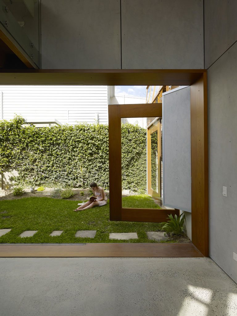 Cowshed House20
