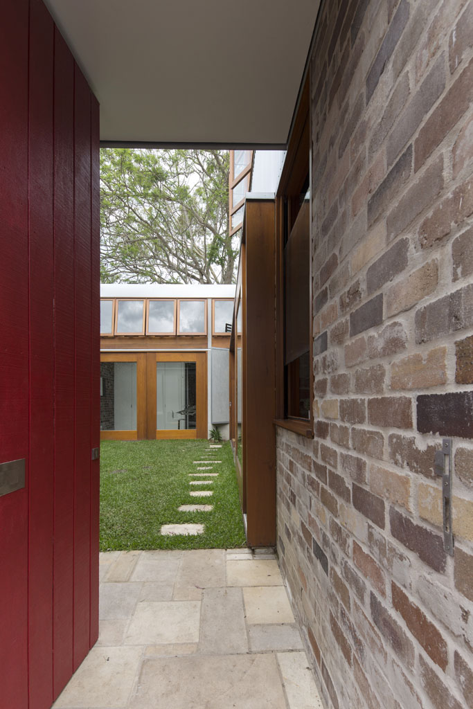 Cowshed House7
