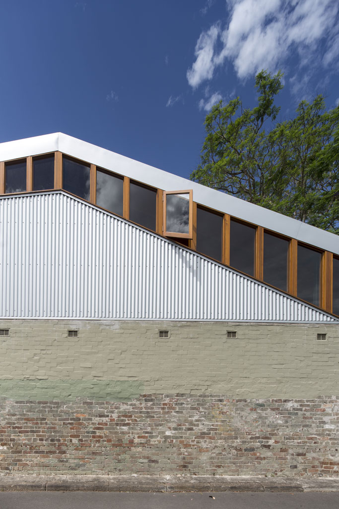 Cowshed House8