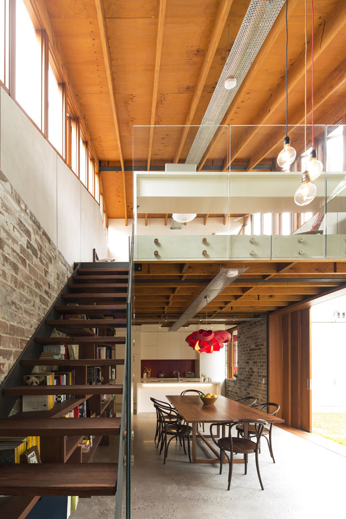 Cowshed House9