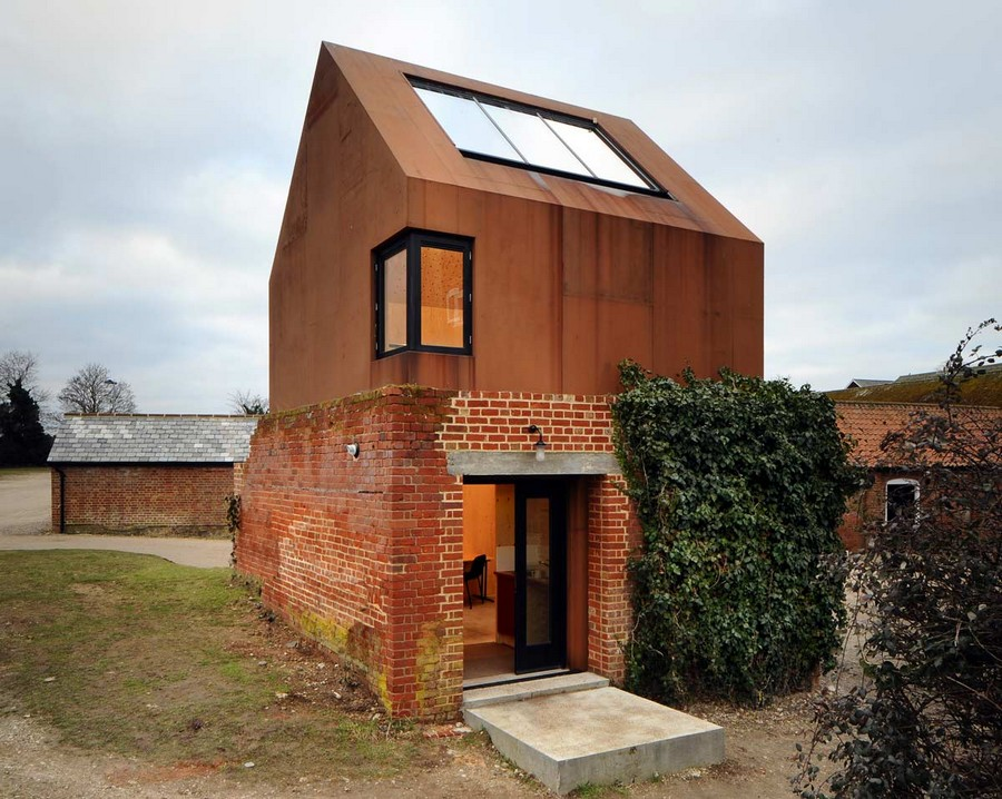 Dovecote Studio - Entry