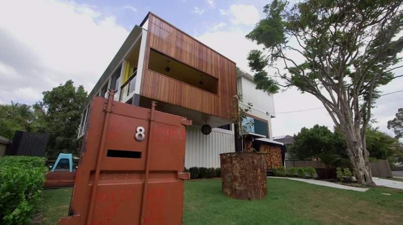 31 container home in Brisbane Australia - even a container letterbox