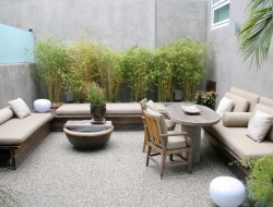 Modern Courtyard and Outdoor Furniture