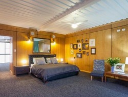 31 container home in Brisbane Australia - Master bedroom