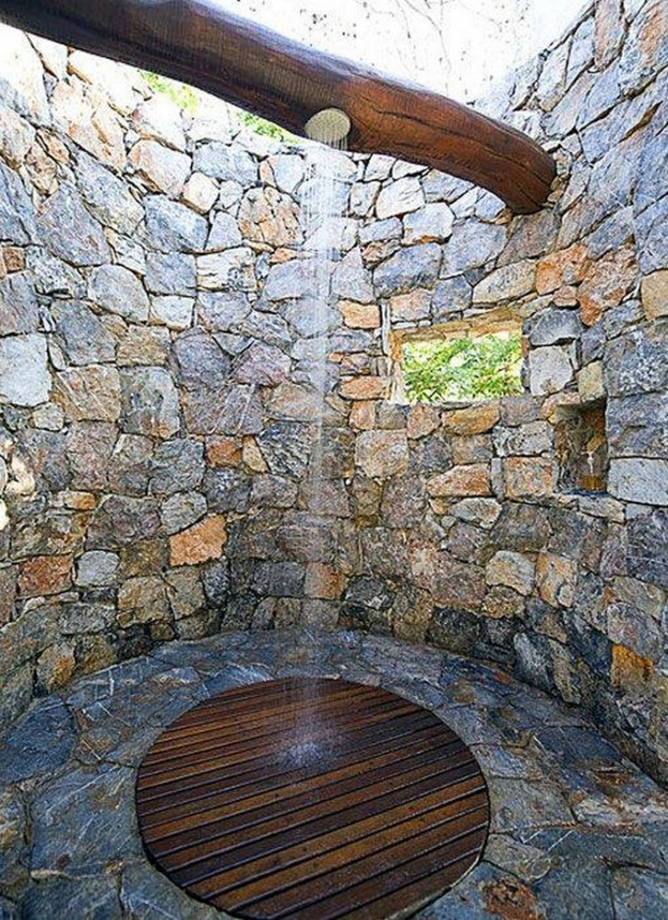 Outdoor Shower - Homesteader Haven