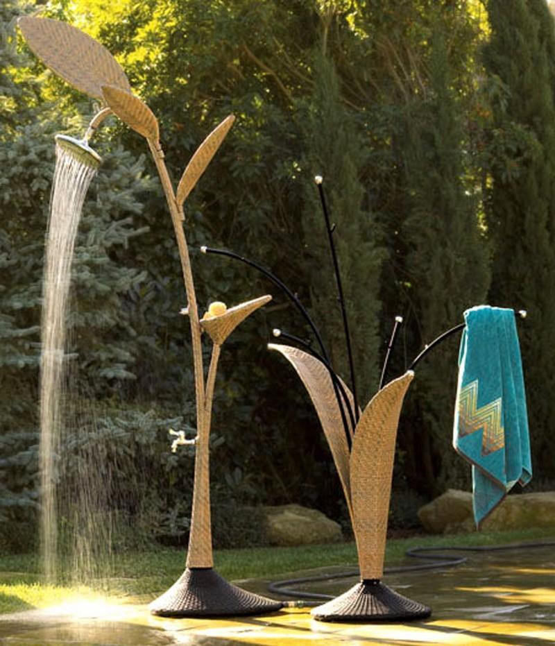Outdoor Shower - HomeDosh