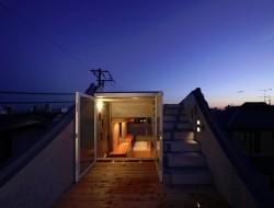 Tiny Tokyo home - Shibuya roof deck